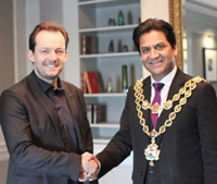 Lord Mayor Cllr Shafique Shah and Andris Nelson
