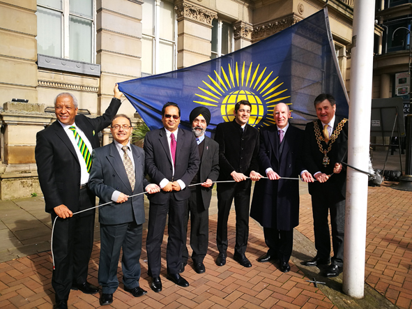 L-R: Wade Lyn - Honorary Consul to Jamaica, Tarang Shelat – Hindu Council of Birmingham, Muhammad Zulqar Nain – Assistant High Commissioner to Bangladesh, Dr Bhogal – Sikh community, Dr Aman Puri – Consul– General to India, Keith Stokes-Smith – Chairman of Birmingham Commonwealth Association and Lord Mayor of Birmingham Cllr Carl Rice